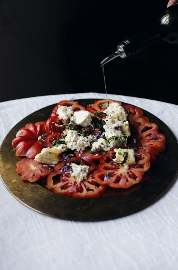 tomaattifetasalaatti_suvisurlevif