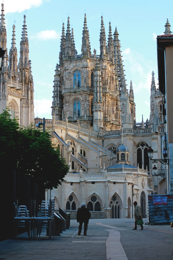 Burgos | Spain Travel Diary, Red Lips + Tortilla Chips