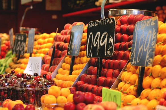 La Boqueria | Spain Travel Diary, Red Lips + Tortilla Chips